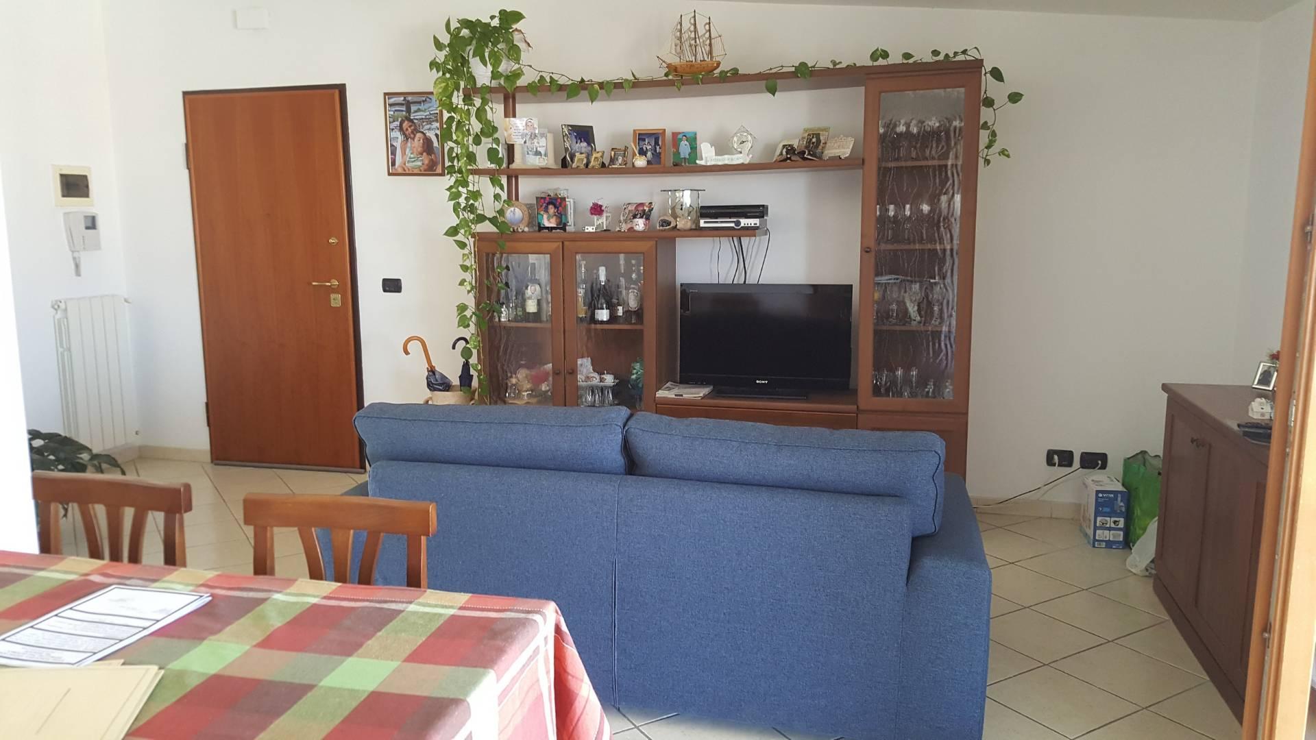 vendita appartamento montesilvano montesilvano centro  168000 euro  8 locali  124 mq