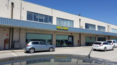 locale commerciale + uffici in Vendita a San Giovanni Teatino