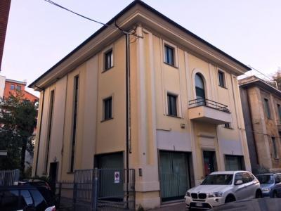 locale commerciale + uffici in Vendita a Pescara