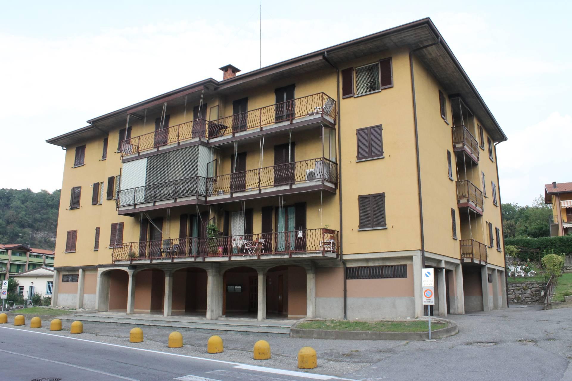 vendita appartamento ponte lambro   75000 euro  2 locali  71 mq
