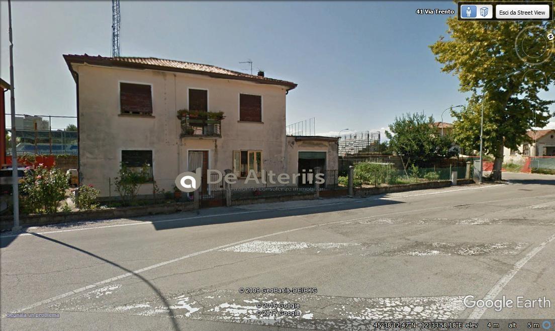 Villa in vendita a San Donà di Piave, 8 locali, zona Località: Centro, prezzo € 91.342 | Cambio Casa.it