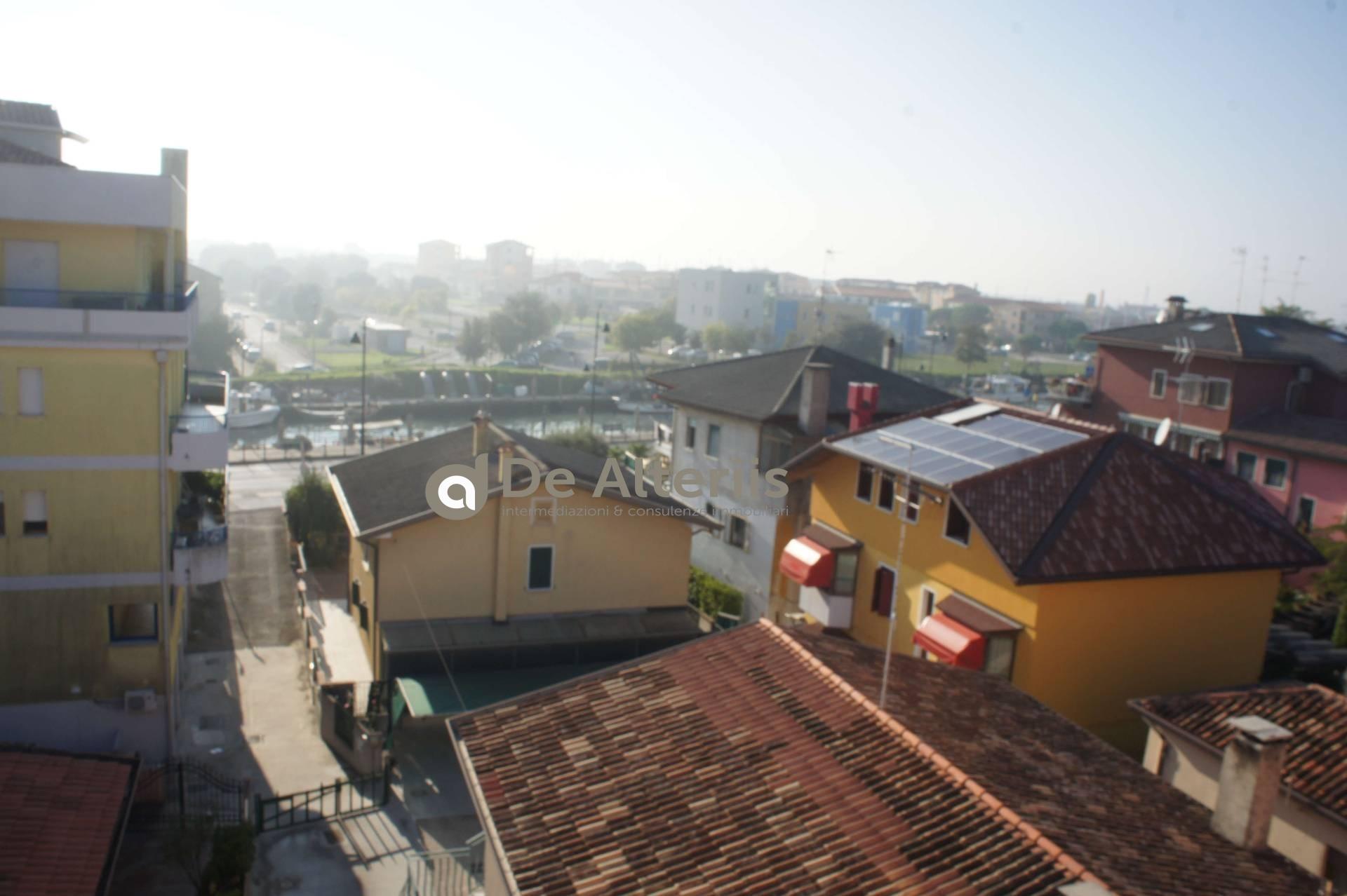 Appartamento in vendita a Caorle, 5 locali, Trattative riservate | CambioCasa.it