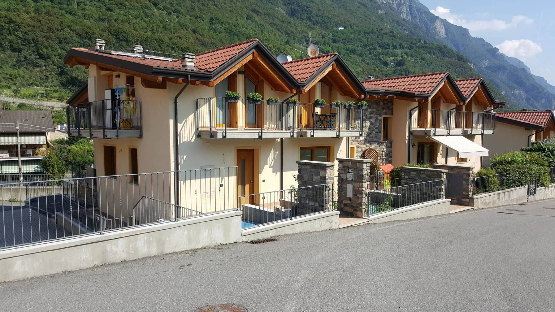 Appartamento in vendita a Darfo Boario Terme, 3 locali, prezzo € 130.000 | CambioCasa.it