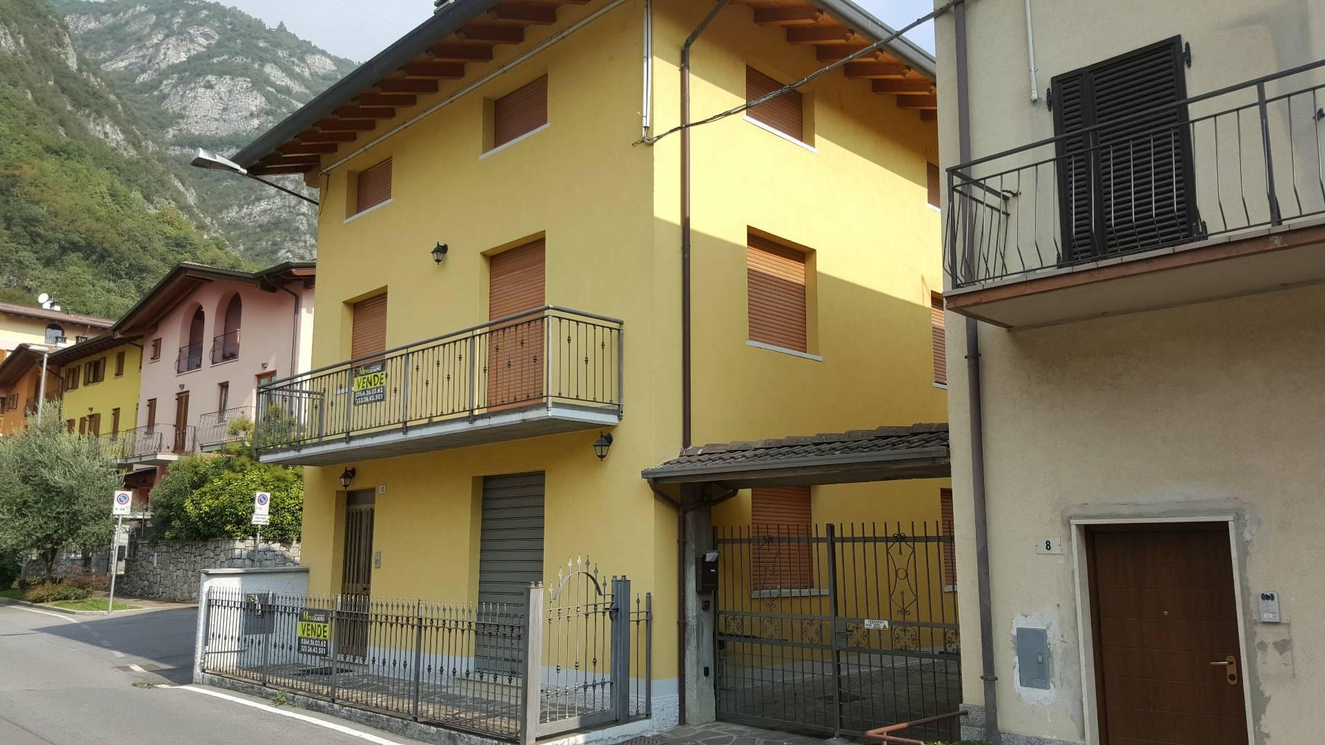 Soluzione Indipendente in vendita a Piancogno, 6 locali, prezzo € 190.000 | Cambio Casa.it