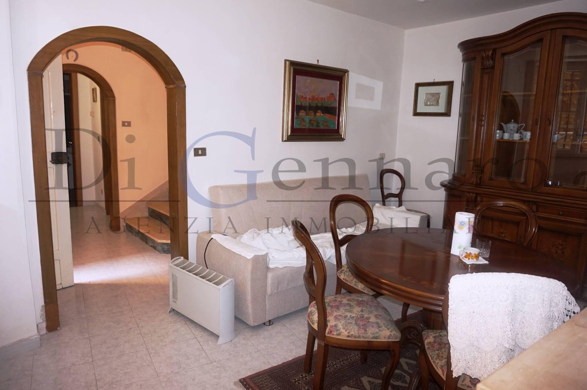 Soluzione Indipendente in affitto a Tortoreto, 5 locali, zona Località: TortoretoAlta, prezzo € 500   Cambio Casa.it