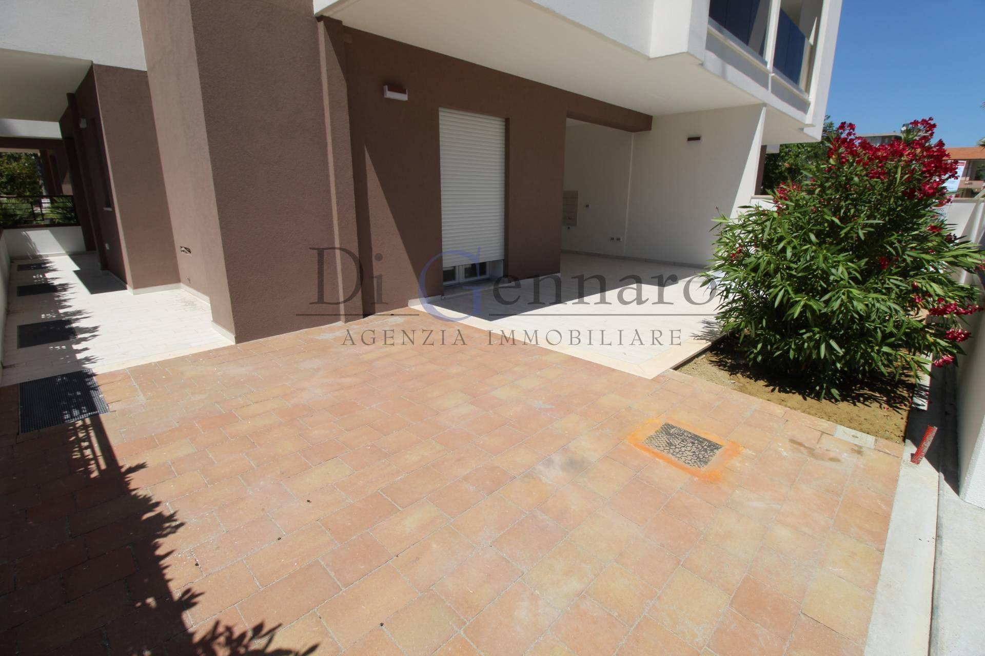 Appartamento in vendita a Alba Adriatica, 3 locali, zona Località: ZonaMare, prezzo € 180.000 | CambioCasa.it