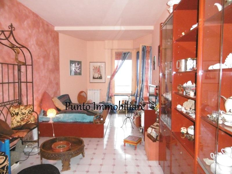 Appartamento in vendita a Lavagna, 55 locali, prezzo € 230.000 | Cambio Casa.it