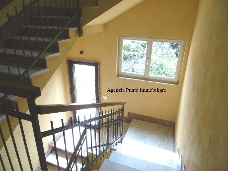 Appartamento in affitto a Chiavari, 5 locali, zona Località: centrolevante, prezzo € 530 | Cambio Casa.it