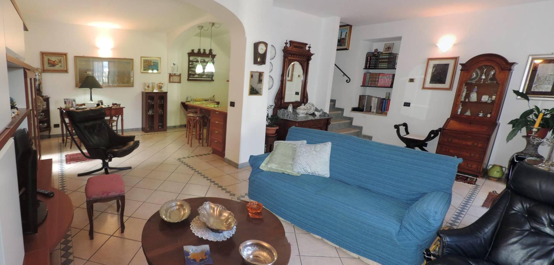 Villa a Schiera in Vendita a Cogorno