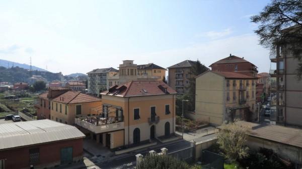 Negozio / Locale in affitto a Chiavari, 9999 locali, zona Località: centrolevante, prezzo € 700 | PortaleAgenzieImmobiliari.it