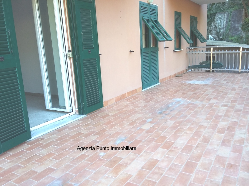 Appartamento in affitto a Mezzanego, 5 locali, prezzo € 400 | PortaleAgenzieImmobiliari.it