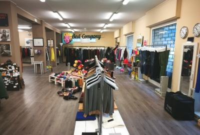 Locale commerciale in Affitto a Lavagna