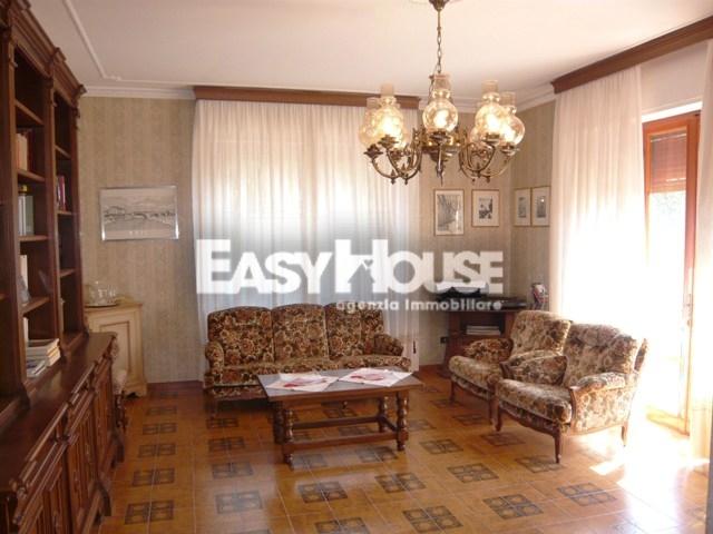 Appartamento in vendita a Loro Ciuffenna, 6 locali, zona Località: SanGiustinoValdarno, prezzo € 160.000 | PortaleAgenzieImmobiliari.it