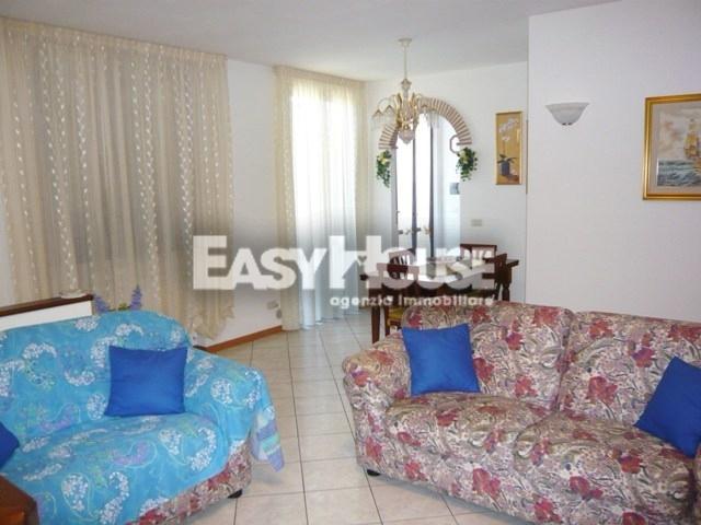 Appartamento in vendita a Castiglion Fibocchi, 4 locali, prezzo € 150.000 | PortaleAgenzieImmobiliari.it