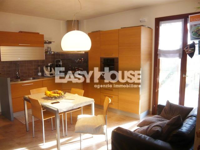 Appartamento in vendita a Castiglion Fibocchi, 4 locali, prezzo € 125.000 | PortaleAgenzieImmobiliari.it