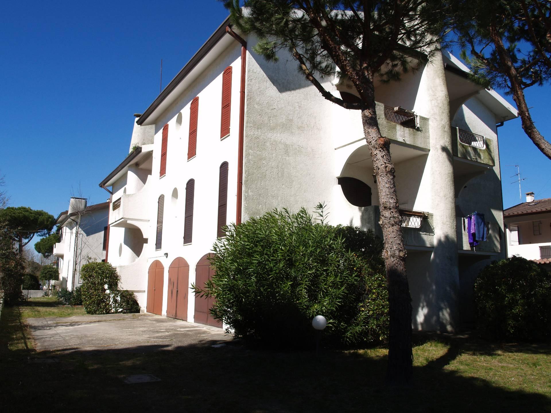 Appartamento in vendita a Comacchio, 4 locali, zona Località: LidodelleNazioni, prezzo € 85.000 | CambioCasa.it