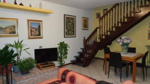 casa indipendente su tre lati in Vendita a Ferrara