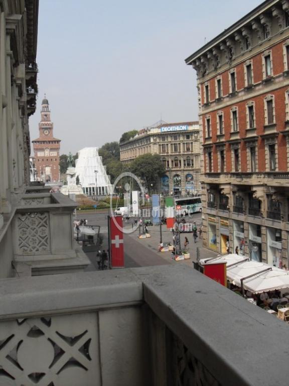 Milano | Ufficio in Affitto in Via Dante | lacasadimilano.it