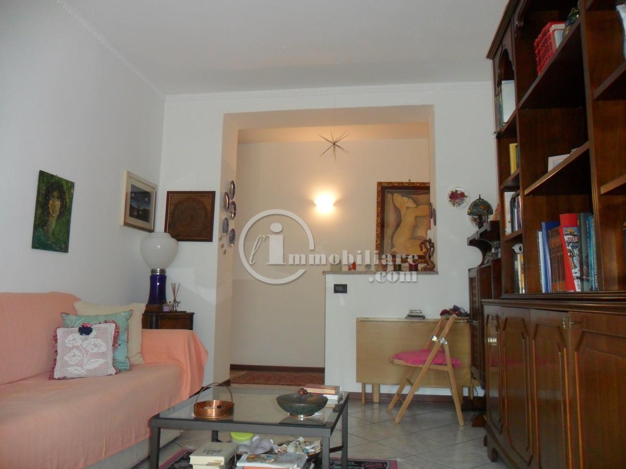 Bilocale Milano Via Renzo E Lucia 7