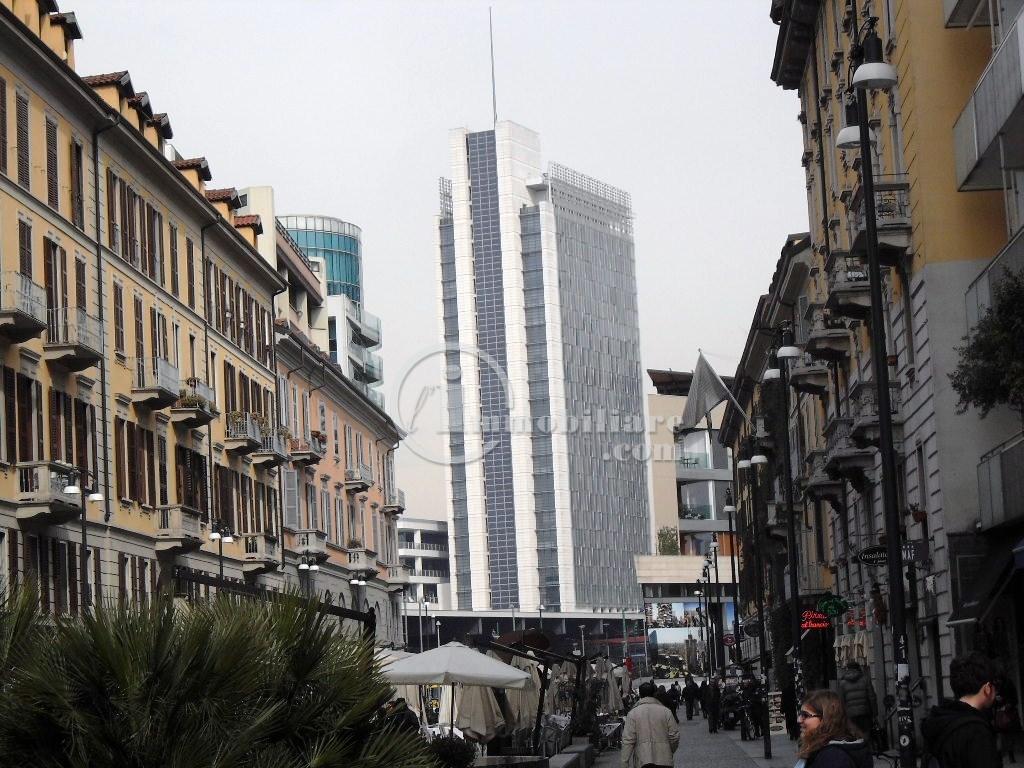 Bilocale Milano Corso Como 7