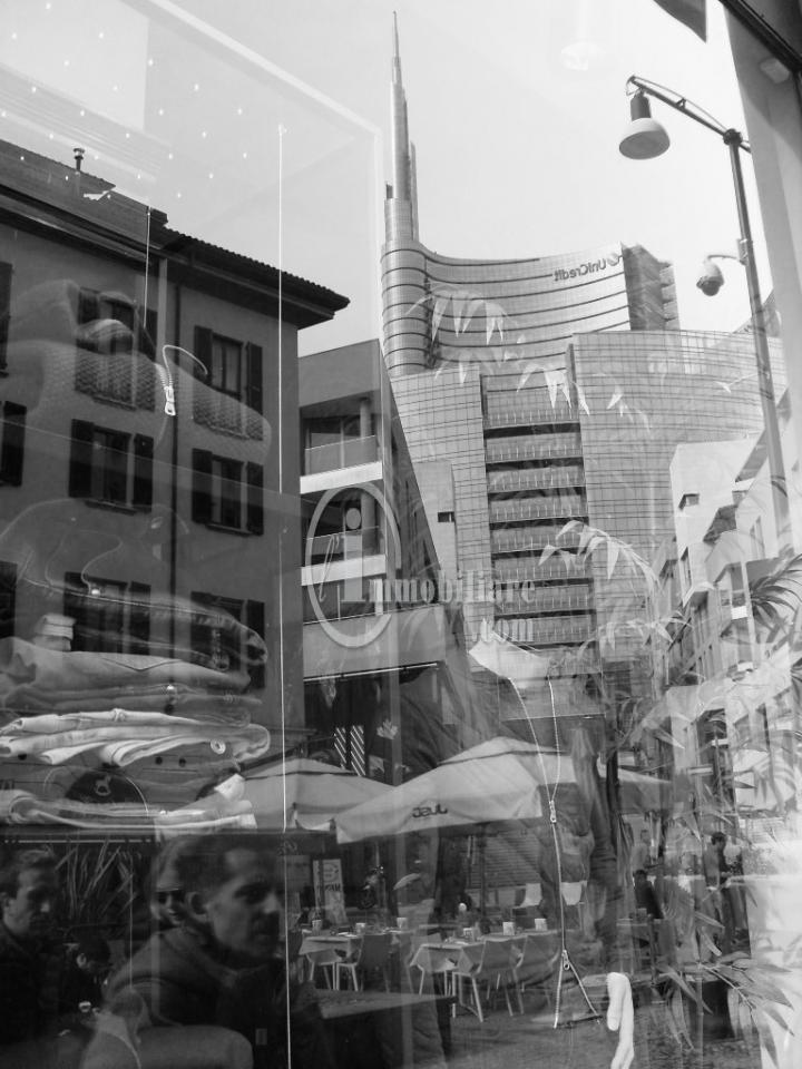 Bilocale Milano Corso Como 1