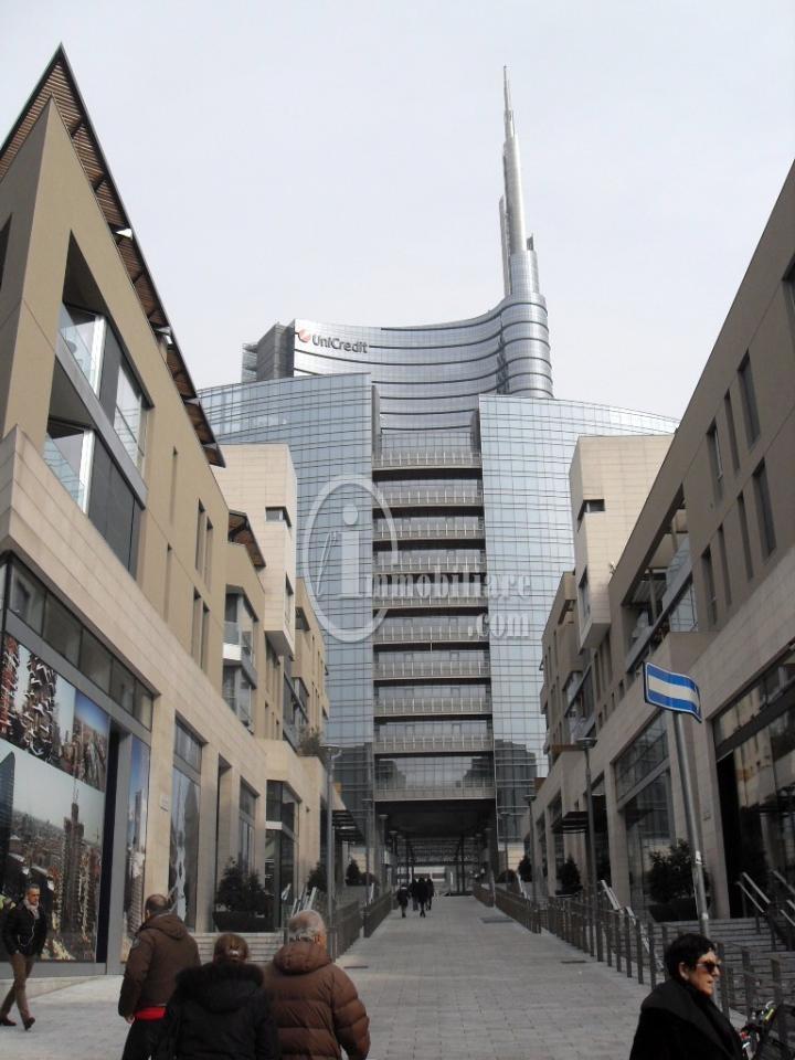 Bilocale Milano Corso Como 4