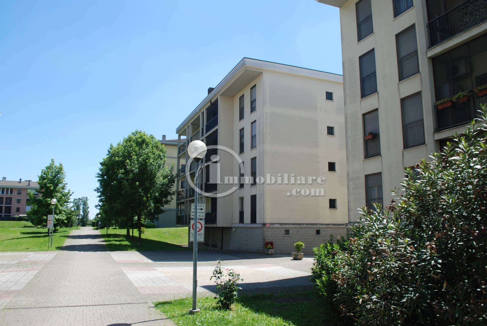 Rozzano | Appartamento in Vendita in Via Della Cooperazione | lacasadimilano.it