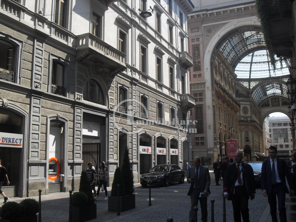 Milano | Ufficio in Affitto in Galleria Vittorio Emanuel | lacasadimilano.it