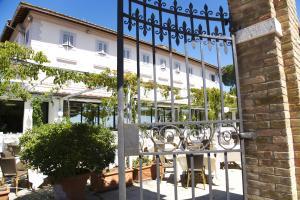 Vai alla scheda: Stabile / Palazzo Vendita - Roma (RM) - Codice 14080