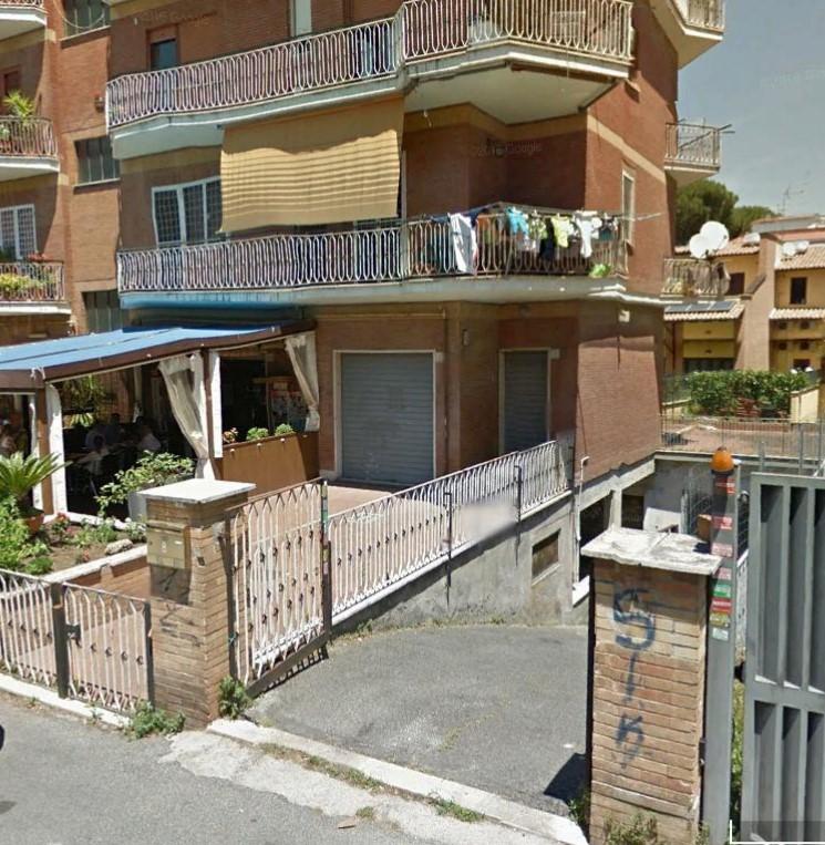vendita locale commerciale roma bravetta  70000 euro  40 mq