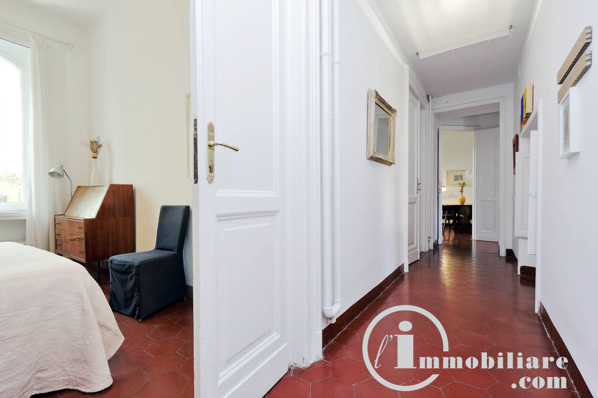 Appartamento in vendita a Roma, 3 locali, zona Zona: 25 . Trastevere - Testaccio, prezzo € 590.000 | CambioCasa.it
