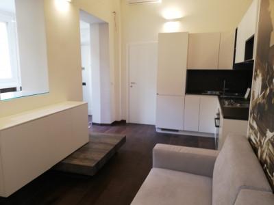 Vai alla scheda: Appartamento Affitto - Roma (RM) | Centro Storico - Codice -142-msm croce