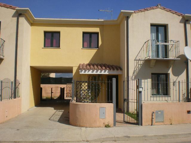 Soluzione Indipendente in vendita a Tortolì, 4 locali, Trattative riservate | Cambio Casa.it