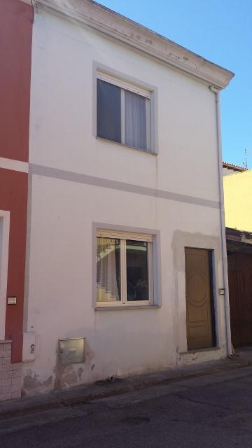 Soluzione Indipendente in vendita a Tortolì, 3 locali, prezzo € 140.000 | Cambio Casa.it