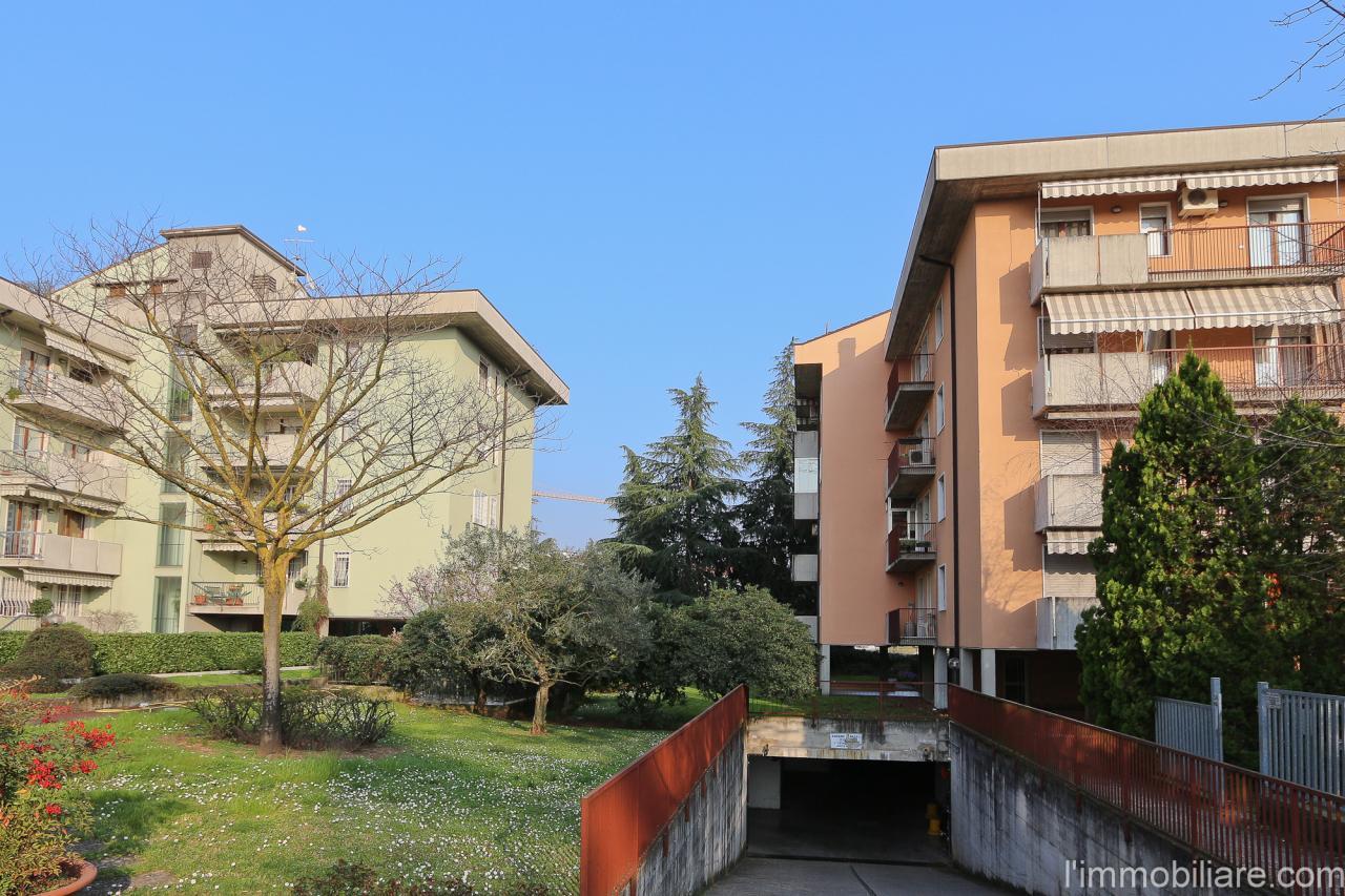 Appartamento in affitto a Verona, 3 locali, zona Località: PonteCrencano, prezzo € 700 | Cambio Casa.it