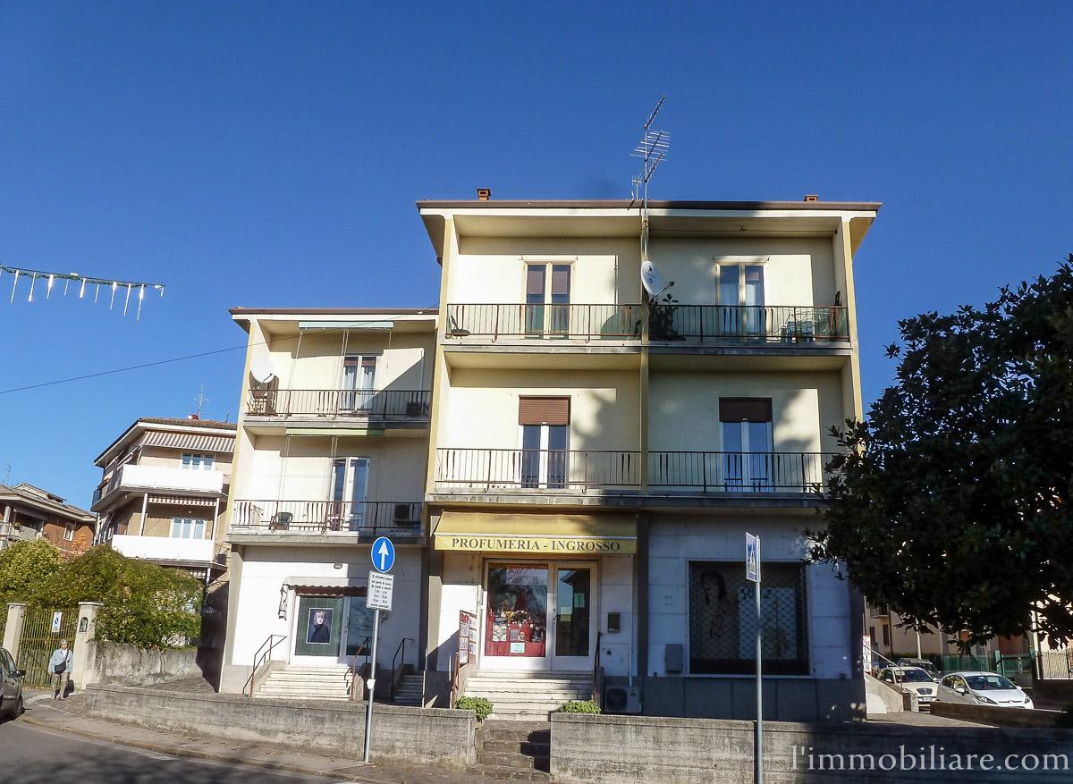 Appartamento in affitto a Verona, 3 locali, zona Zona: 5 . Quinzano - Pindemonte - Ponte Crencano - Valdonega - Avesa , prezzo € 500 | Cambio Casa.it