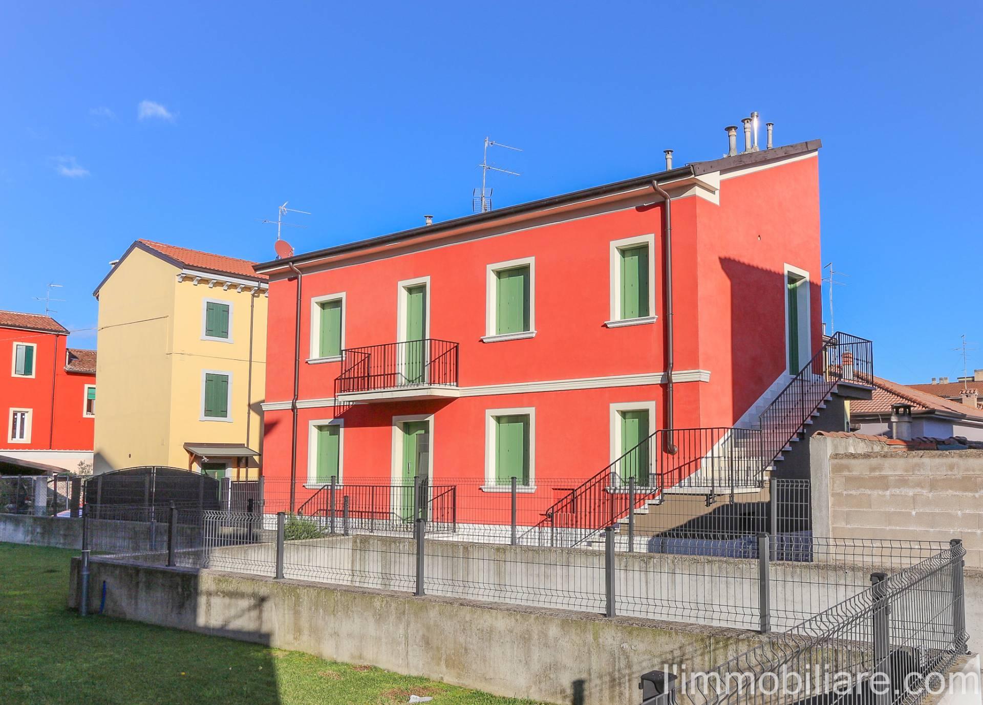 Soluzione Indipendente in vendita a Verona, 5 locali, zona Località: CroceBianca, prezzo € 198.000 | Cambio Casa.it
