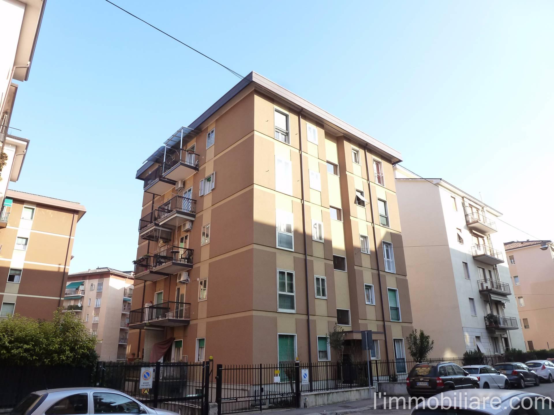 Appartamento in affitto a Verona, 3 locali, zona Località: PonteCrencano, prezzo € 450 | Cambio Casa.it