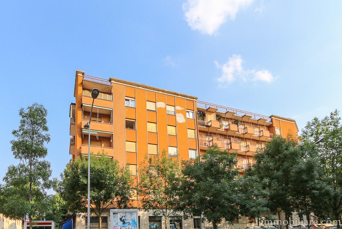 Appartamento in affitto a Verona, 4 locali, zona Località: Navigatori, prezzo € 550 | Cambio Casa.it