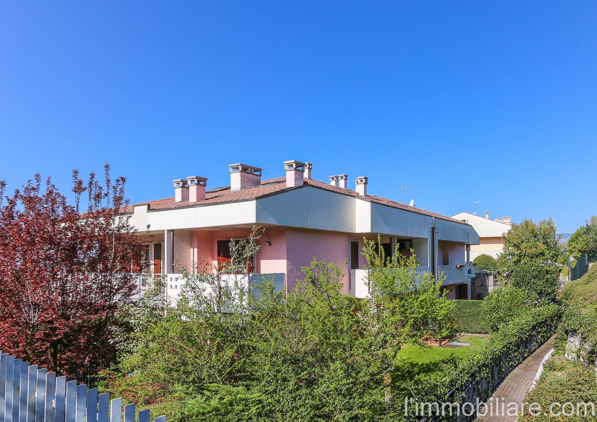 Villa a Schiera in Vendita a Negrar