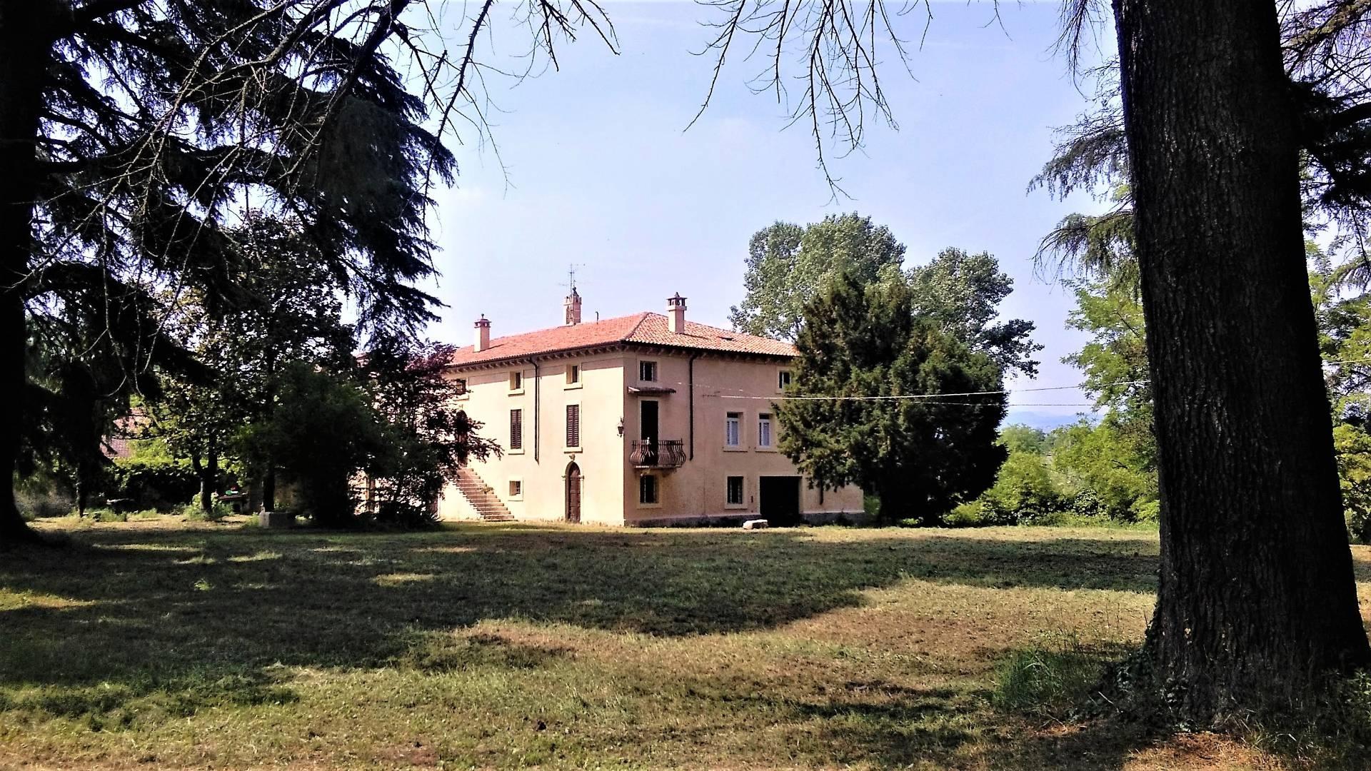 Matrimonio Rustico Verona : Cerca rustico cascina in vendita a verona vr cerco