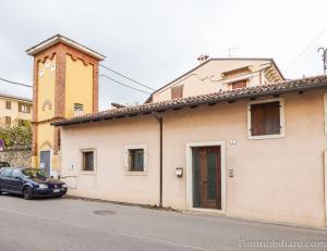 Vai alla scheda: Ufficio Affitto - Verona (VR) | Avesa - Codice -vdf064