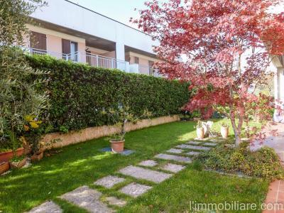 Vai alla scheda: Villa a schiera Affitto - Negrar (VR) | Santa Maria - Codice -vdf034