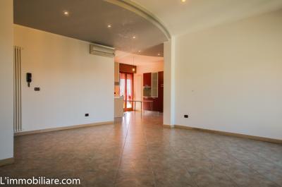 Vai alla scheda: Appartamento Vendita - Castel d'Azzano (VR) | Beccacivetta - Codice -37