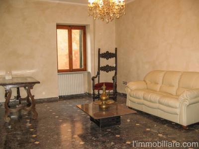 Vai alla scheda: Appartamento Affitto - Verona (VR) | Centro storico - Codice -vdf075