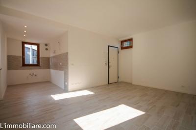 Vai alla scheda: Appartamento Vendita - Malcesine (VR) | Cassone - Codice -46-48