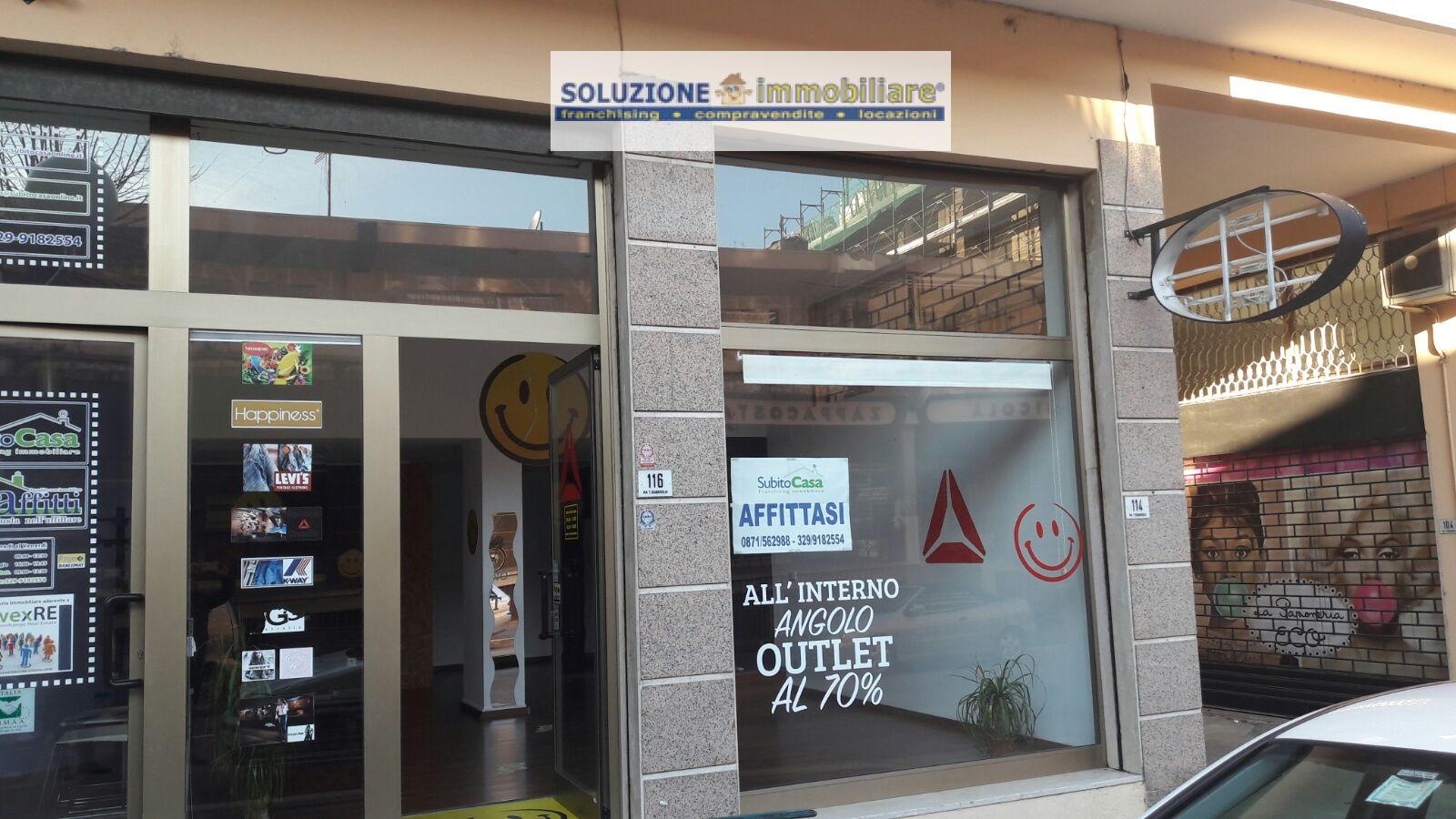 Negozio / Locale in affitto a Chieti, 9999 locali, zona Zona: Stazione, prezzo € 500 | Cambio Casa.it