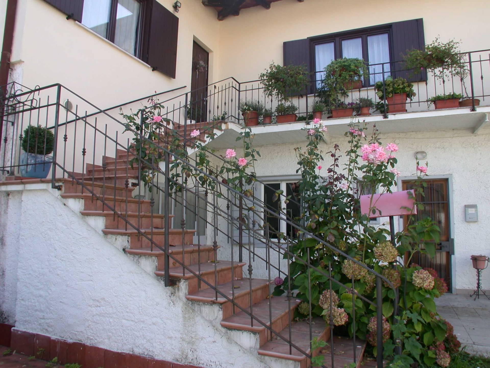 Appartamento in vendita a Gorizia, 5 locali, zona Zona: Lucinico, prezzo € 104.000 | Cambio Casa.it