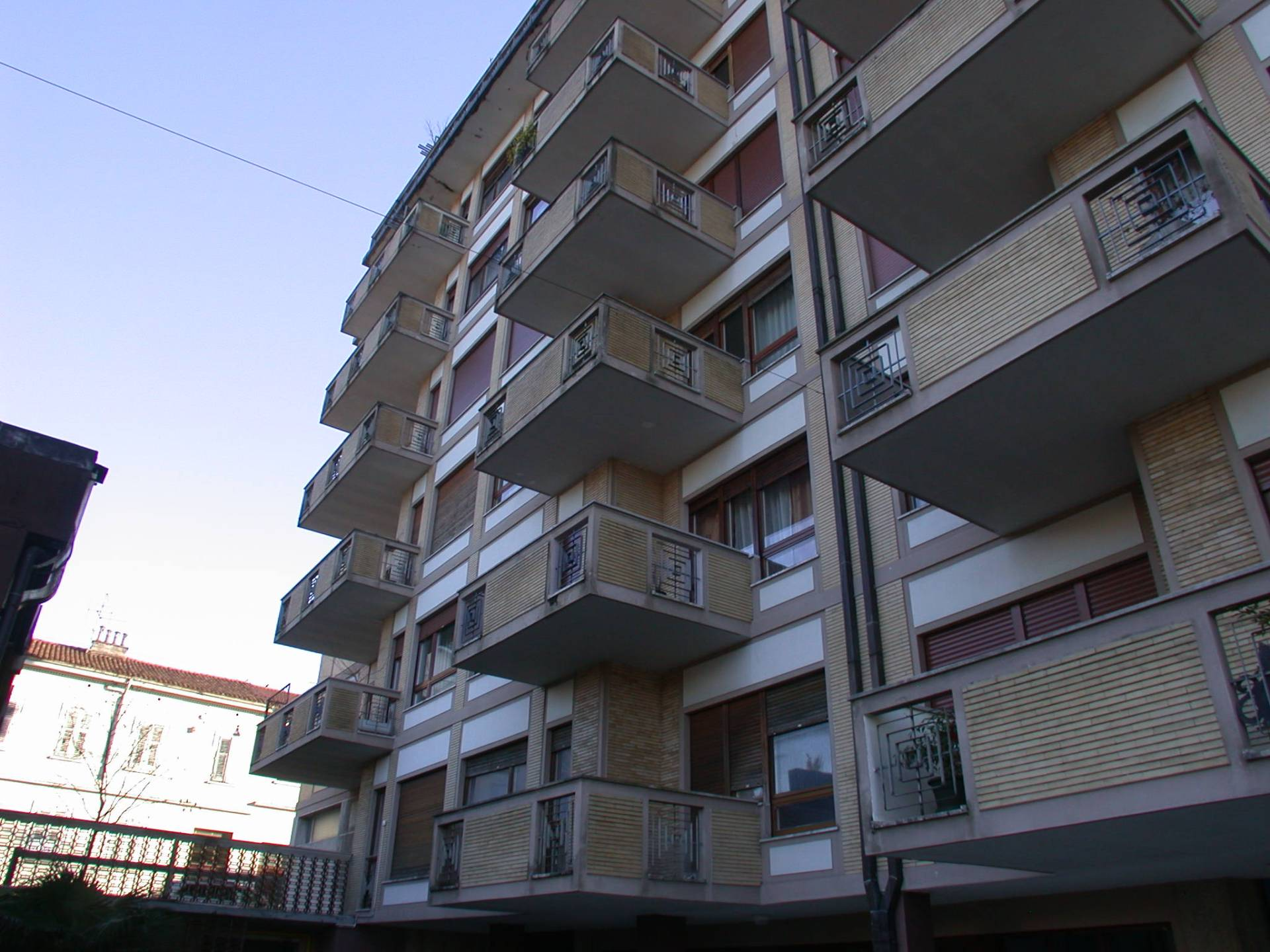 Appartamento in affitto a Gorizia, 7 locali, zona Località: centro, prezzo € 385 | Cambio Casa.it