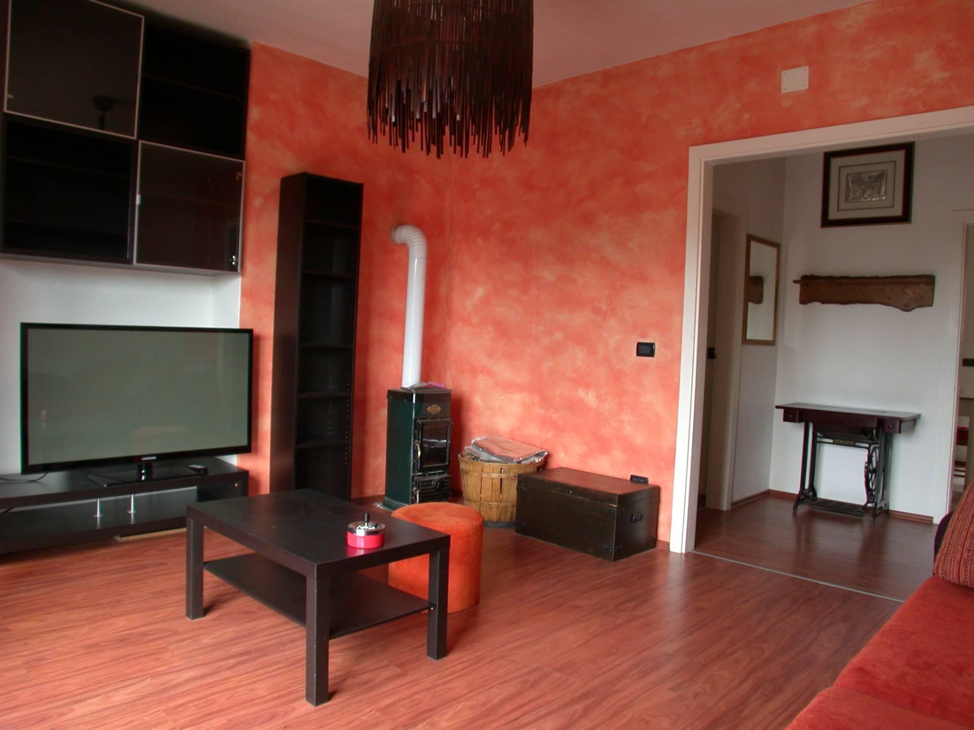 Appartamento in vendita a Gorizia, 6 locali, prezzo € 62.000 | Cambio Casa.it